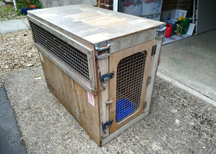 Dog travel crate / kennel - 1