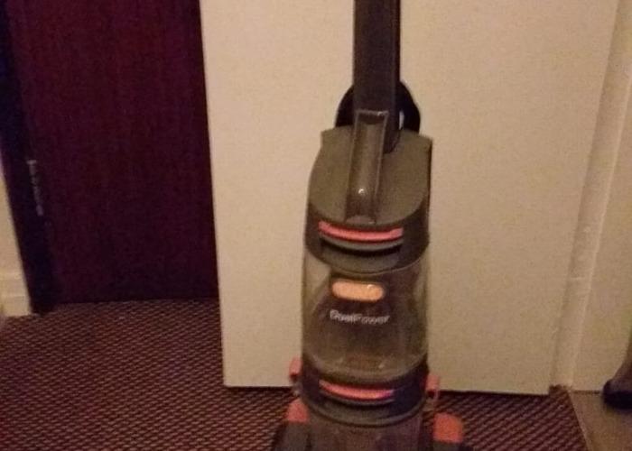 Domestic carpet shampooer - 2