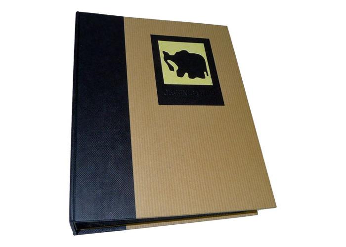 Dorr Green Earth Black Elephant Mini Max 7x5 Slip In Photo Album for 120 Photos - 1
