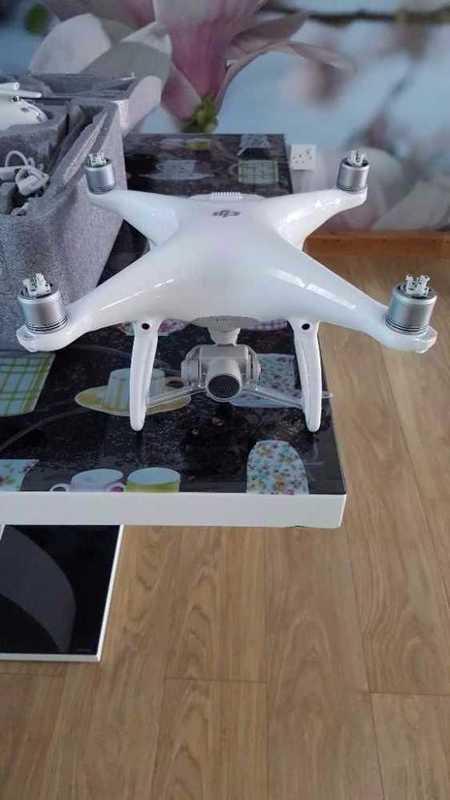 DJI Phantom 4 Drone - 2