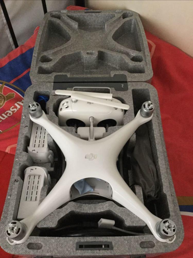 DJI Phantom Drone con Operador - 1