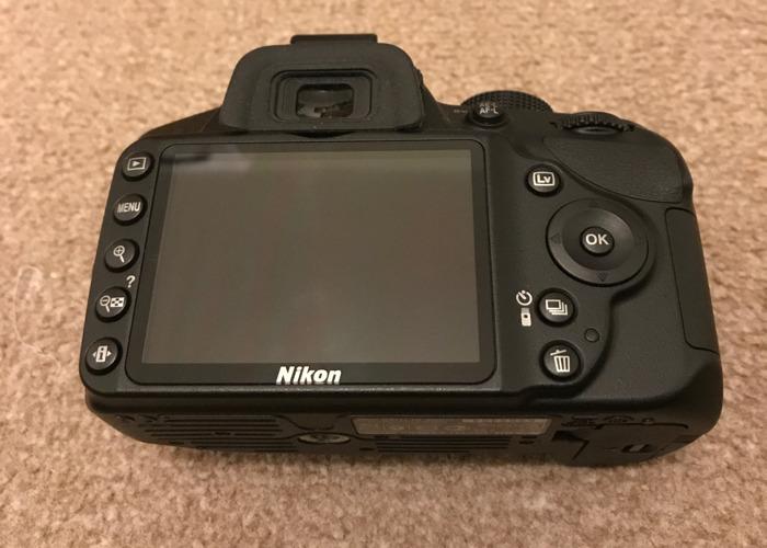 DSLR camera - Nikon D3200 - 2