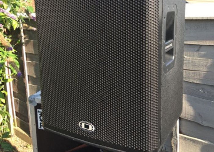 Dynacord And soundcraft Pa System 1000watt powered speakers - 1