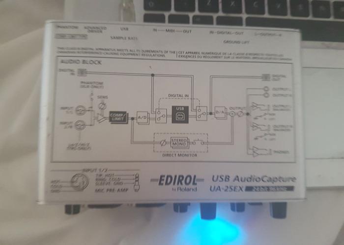Edirol interface phantom power with old school style mic  - 2