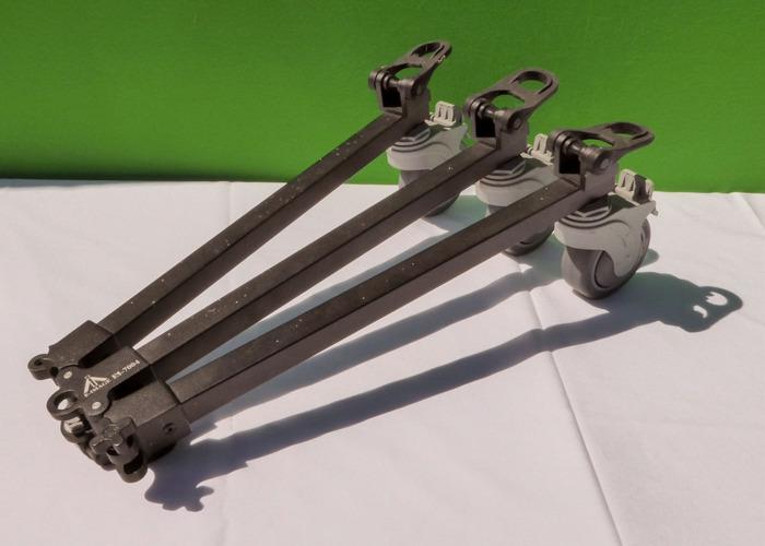 E-Image EI-7004 Aluminium tripod dolly with castor wheels - 2