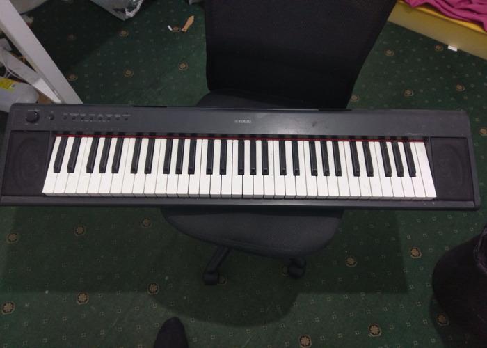 Electric Yamaha Keyboard  - 1