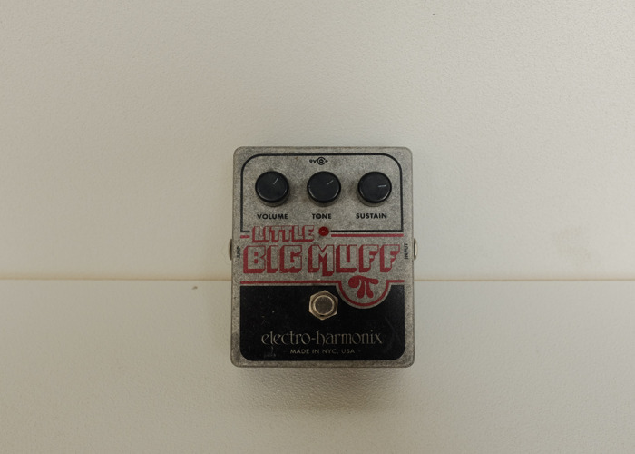 Electro-Harmonix Little Big Muff Pi Distortion Pedal - 2