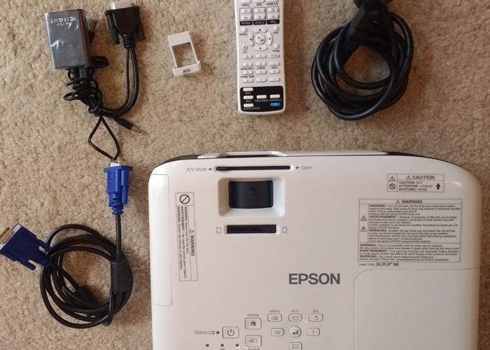 Epson EB S41 SVGA 3300 lumens Projector White  - 2
