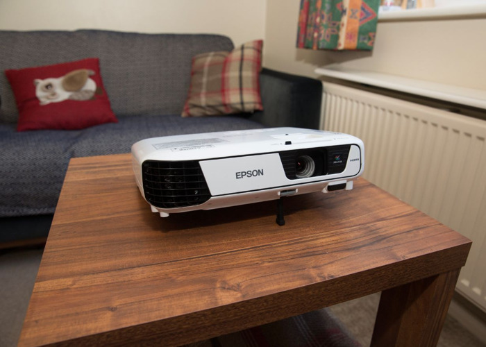 Epson Projector EB-S31 - 3200 Lumens - 2