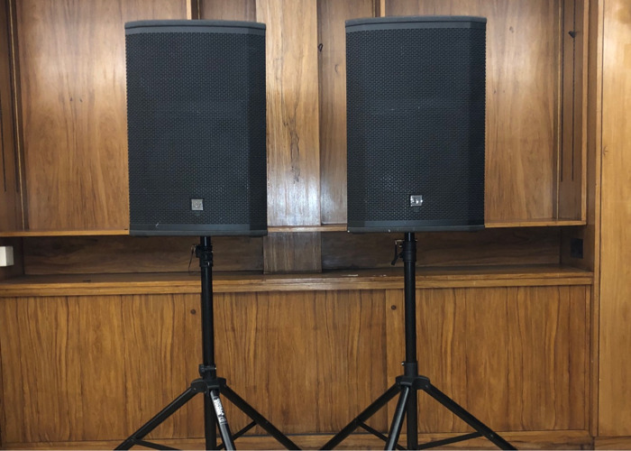 Active PA Speakers 4000W - EV ETX 15P - with mixer and cables - 2