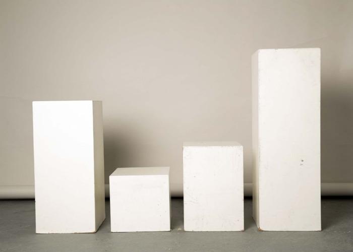 exhibition plinth-x4-02202607.jpg