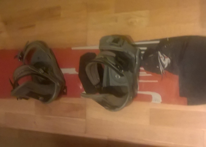 f2 Junior Snowboard or Small Adult 128cm - 1