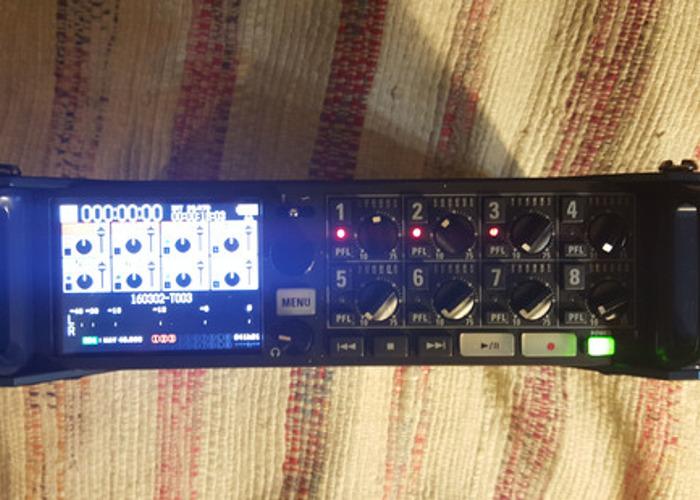 Zoom F8 Field Mixer - 1
