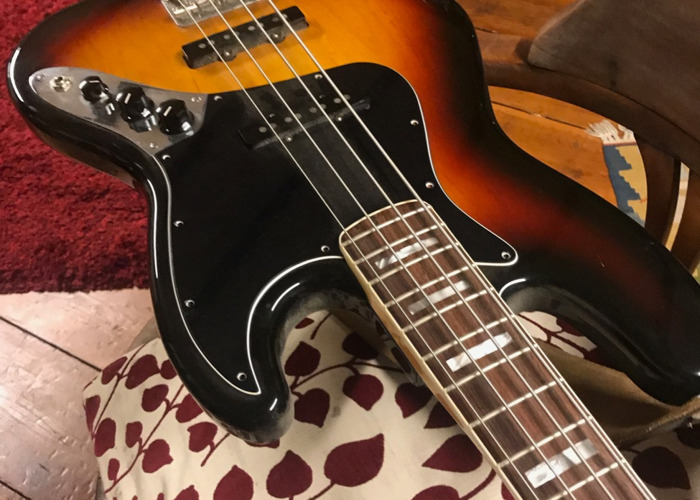 Feder Jazz Bass  - 1