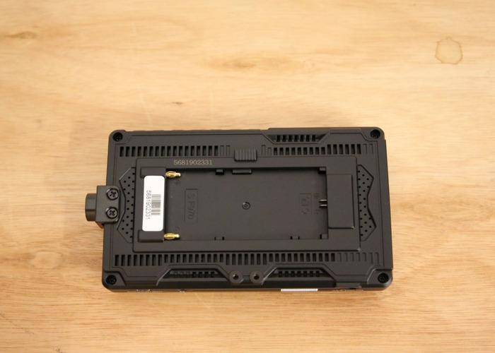 FEELWORLD FW568 5.5 inch On Camera Field Monitor Full HD - 2