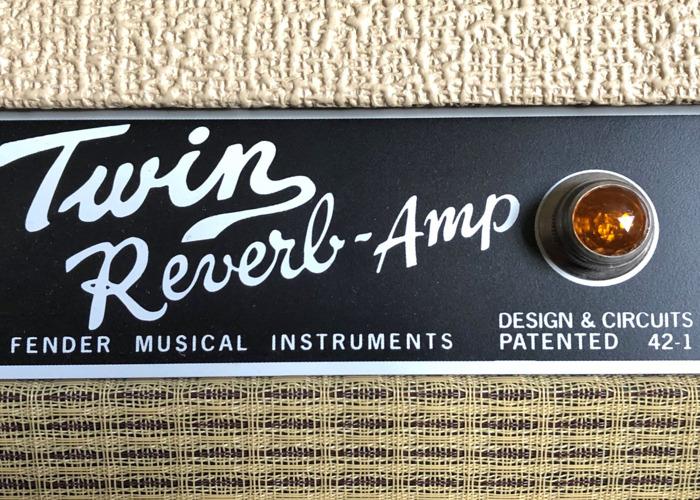 Fender 65 Twin Reverb Guitar Amp, 40th Anniversary Classic - 2