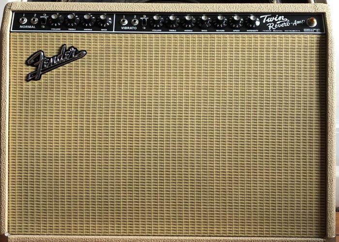 Fender 65 Twin Reverb Guitar Amp, 40th Anniversary Classic - 1
