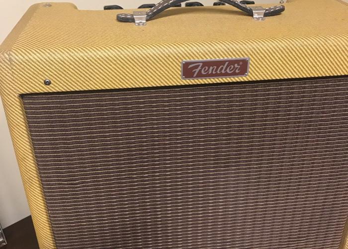 fender blues-tweed-amp--41226424.jpeg