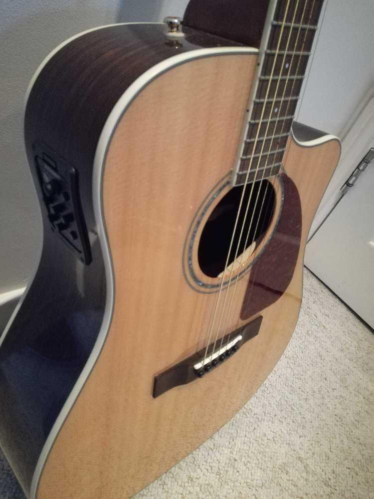 Fender CD-320ASCE Dreadnought Electro Acoustic guitar - 1