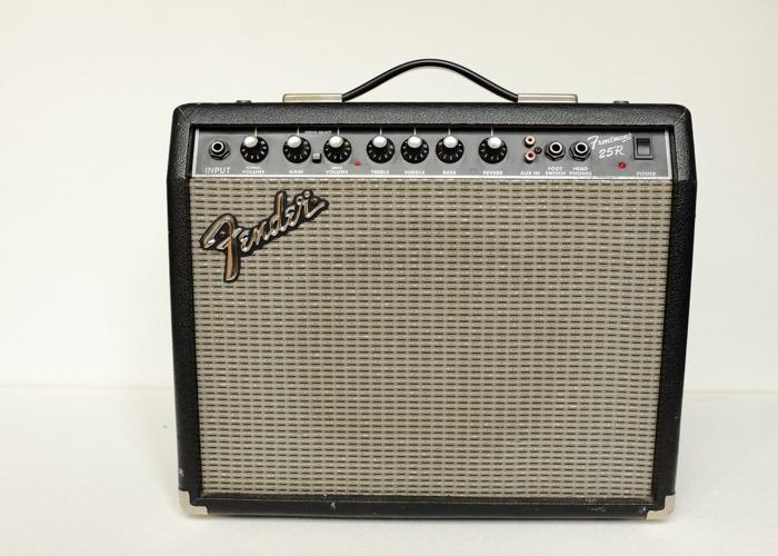 Fender Frontman 25R Amplifier - 1