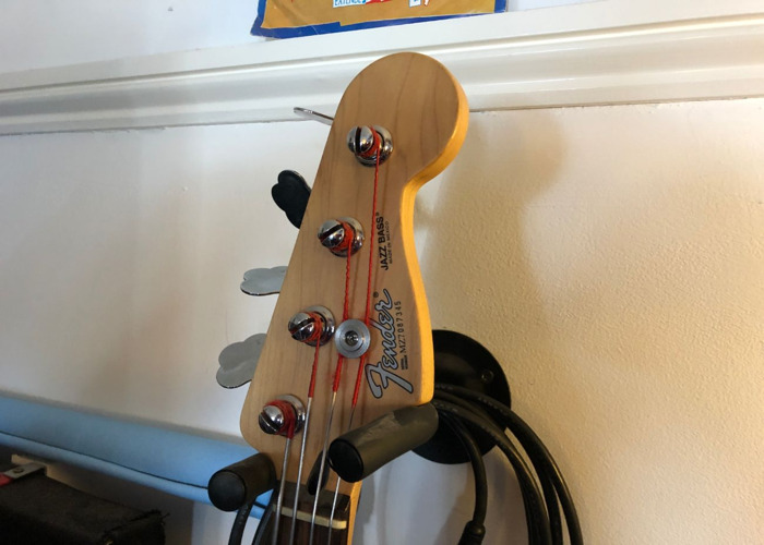 Fender Jazz Bass MIM - 2