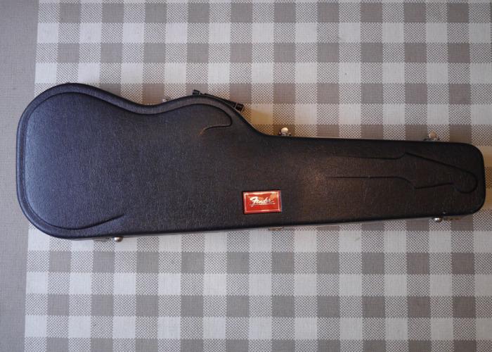 Fender Red Label Moulded Guitar Case - 1