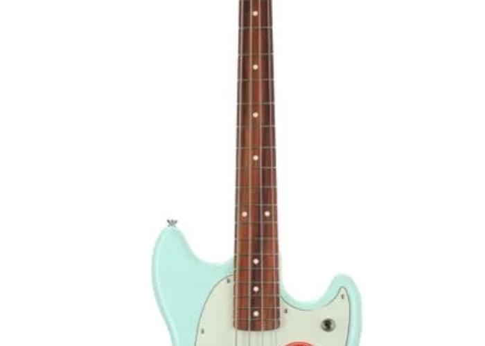 Fender Mustang Bass - 2