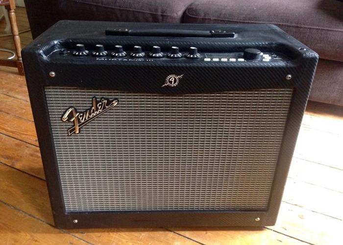 Fender Mustang III Combo Guitar Amplifier - 1