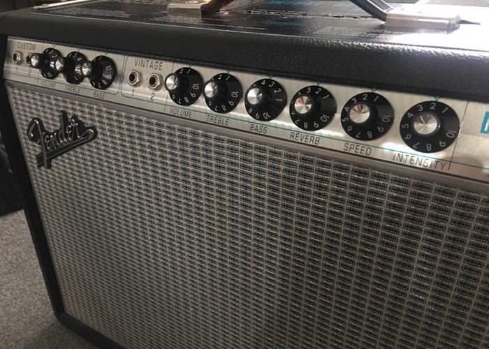 Fender Reverb deluxe Guitar amplifier  - 2