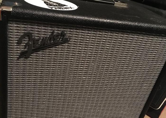 Fender Rumble 100 V3 Bass Amp - 1