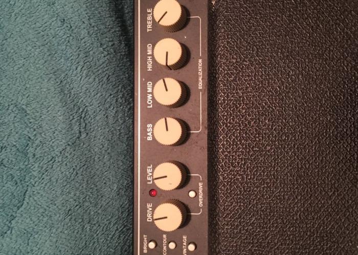 Fender Rumble 100 V3 Bass Amp - 2