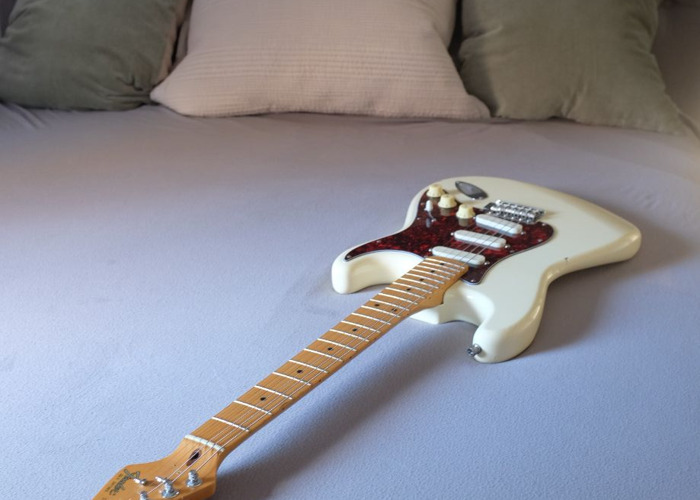 Fender Stratocaster - Late 80's (Made in USA) w/ Lace Sensor pickups - 2
