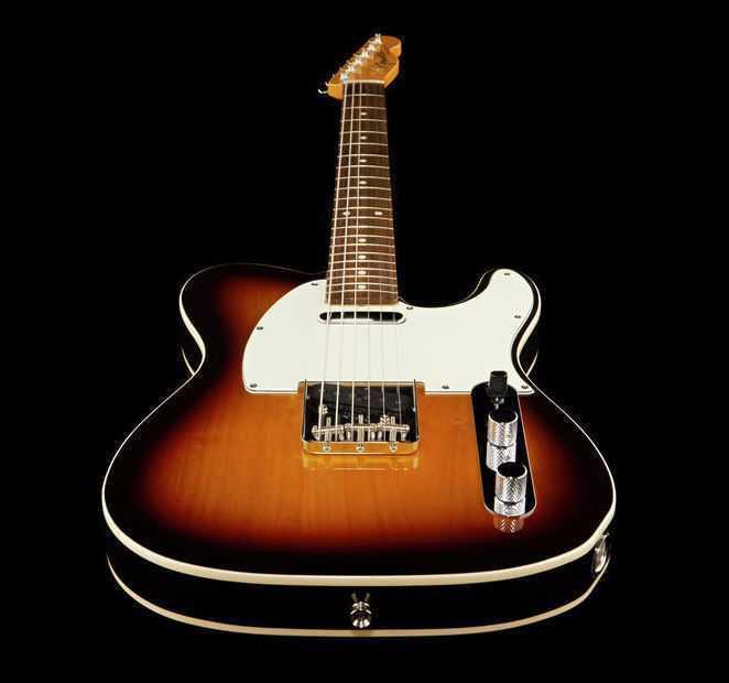 Electric Guitar Fender Telecaster  - 1