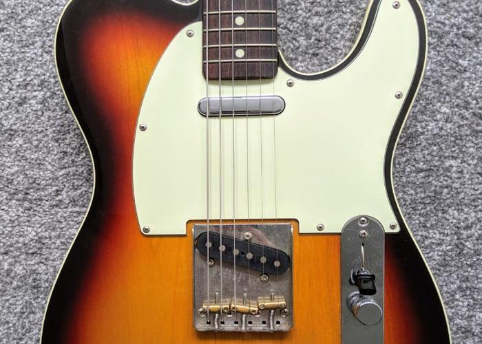 Fender Telecaster - 2