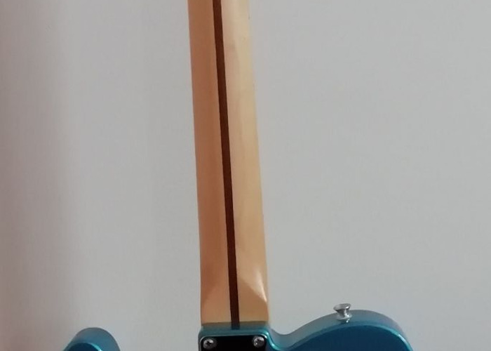 Fender Telecaster Mexican Standard in Blue - 2