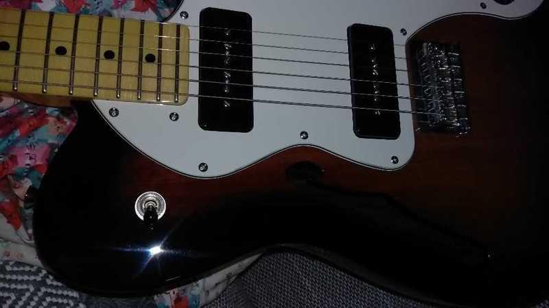 Fender Thinline Telecaster - 2