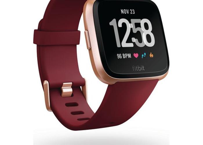 Fitbit Versa Unisex Fitness Smartwatch - Ruby & Rose Gold - 2