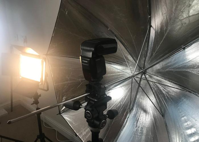 Flash - 3 available + Transmitter - Canon Speedlite 600EXRT - 2