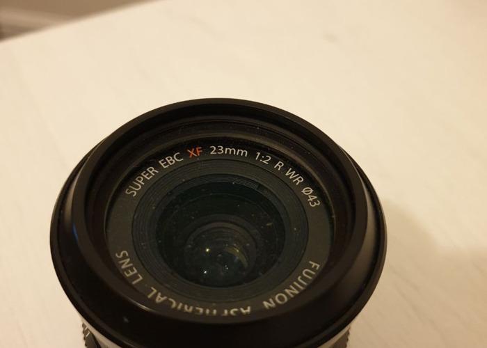 Fuji 23 mm R WR lens - 1