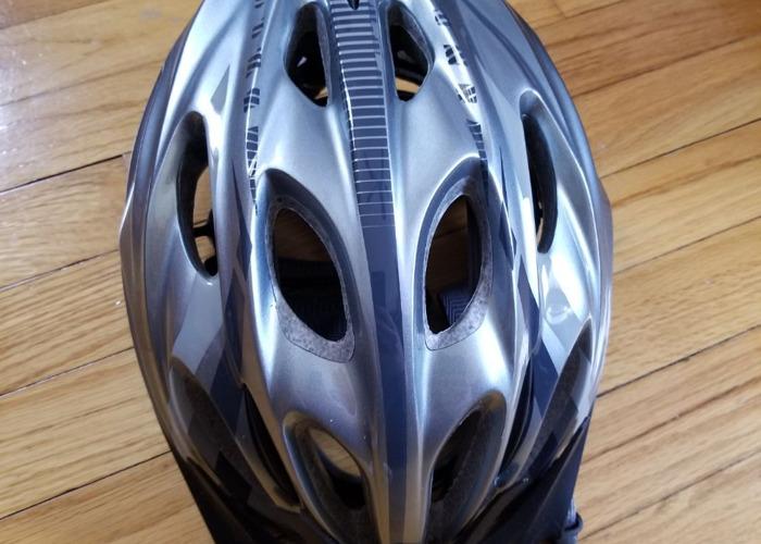 Fuji roadbike - 2