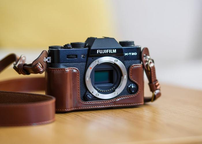 Fuji XT20 body + Battery + 1x32gb SD card - 1