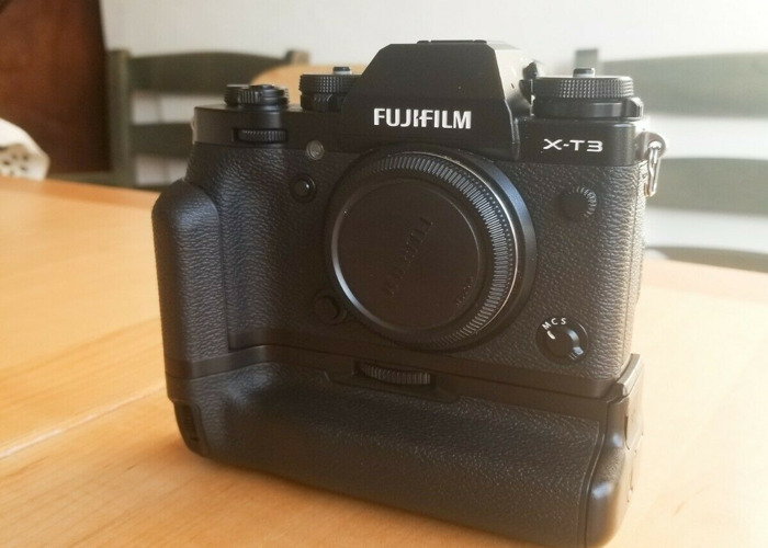 Fuji X-T3 with Battery Grip - 2
