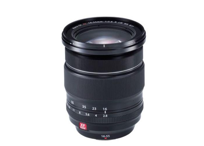 Fujifilm  XF zoom- 16-55mm - F/2.8  - 1
