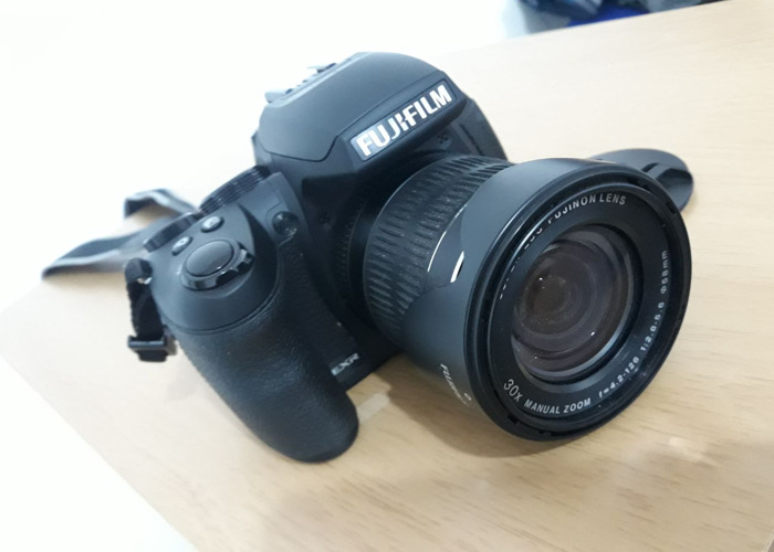 Fujifilm FinePix HS Series HS30EXR 30x Zoom 16.0MP - 1