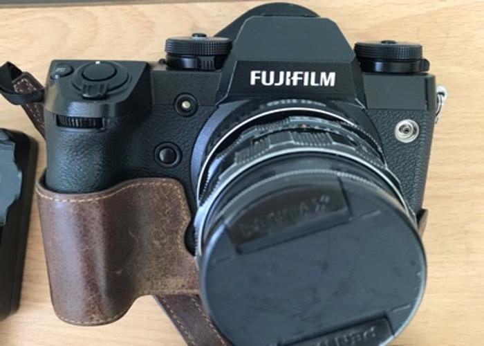 Fujifilm X-H1 body + manual lens - 1