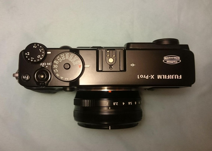 "Fujifilm X-PRO1: gorgeous ""compact"", all button controls - 2"