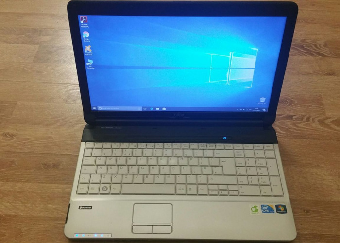 Fujitsu Laptop - Intel i3 - 6gb RAM - 250GB - 1