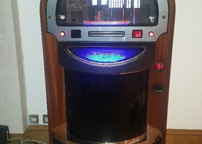 Buy full size 70 disc cd jukebox | Fat Llama
