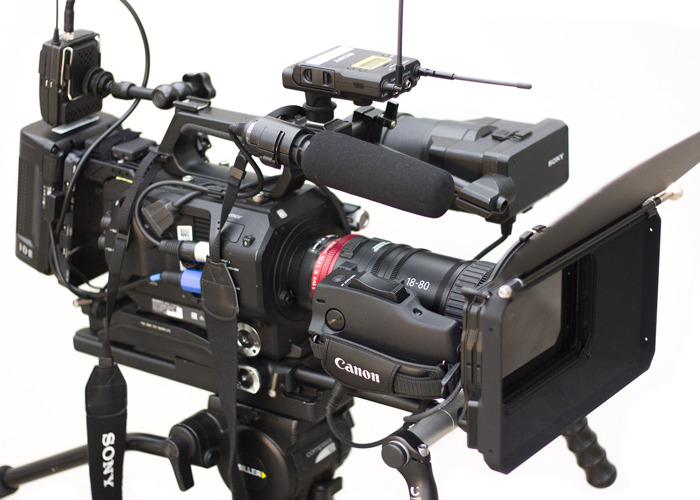 Fully rigged Sony FS7 with Canon CN E 18-80 and mattebox - 1