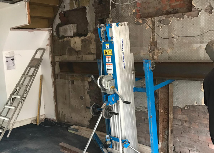 Genie lift for steel beams/ gurders For Hire - 1
